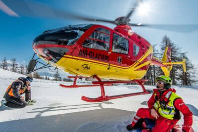 Air-Glaciers EC135T1 HB-ZIR during a rescue.