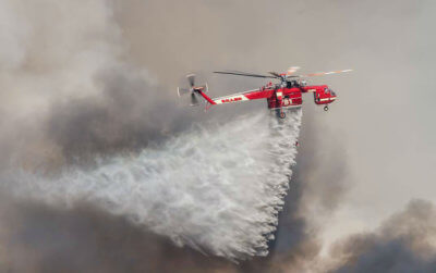 Siller Brothers' S-64E over the Sand Fire