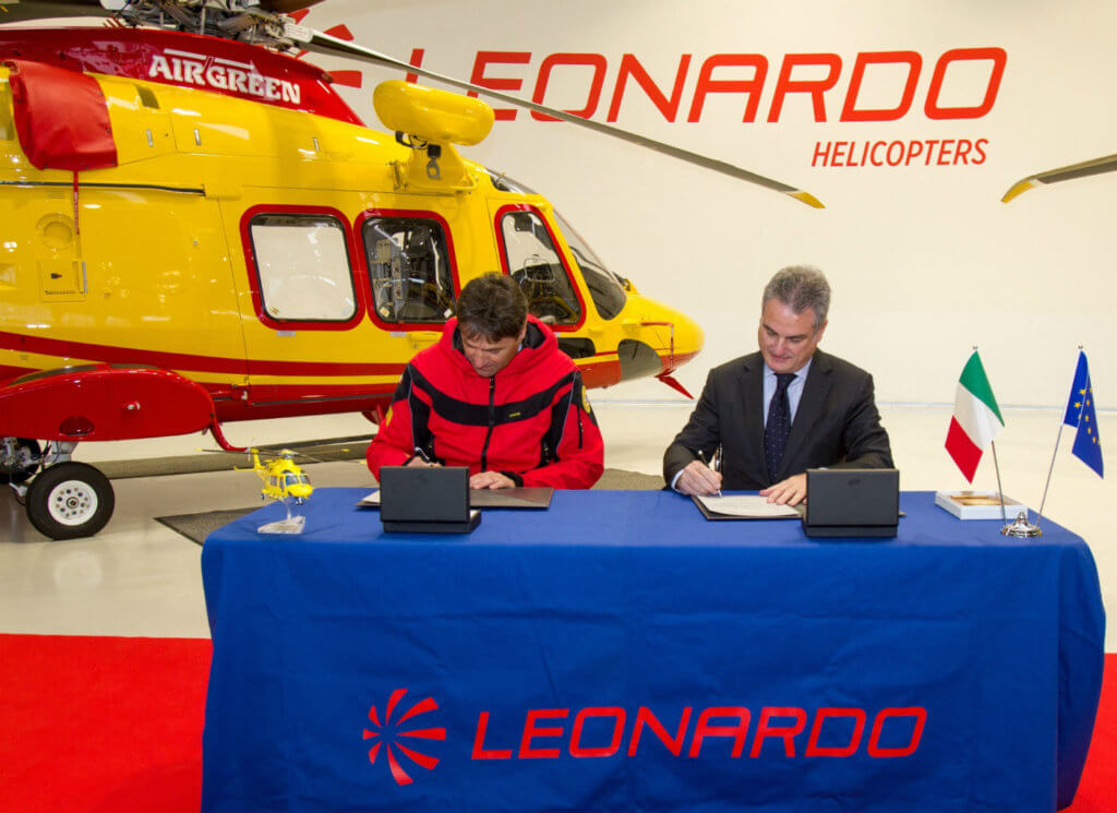 The agreement was signed during an official ceremony held at the Leonardo facility of Vergiate, which was attended by top representatives of CNSAS and Leonardo Helicopters in front of the new AgustaWestland AW169. CNSAS Photo
