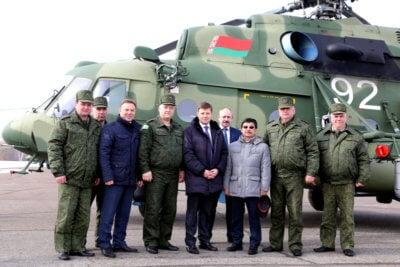 On March 22, a delegation of the Belarusian Defense Ministry led by Deputy Defense Minister Igor Lotenkov visited Russian Helicopters' Kazan helicopter factory and were made familiar with the progress in preparing the second batch of the Mi-8MTV-5 helicopters for shipment. Rostec Photo