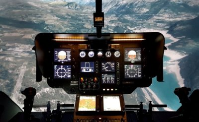 The simulator will be equipped with Garmin's dual GTN 750, a fully integrated GPS/NAV/COM/MFD solution that will allow Coptering to offer training adjusted to current pilots' needs, providing the capability to learn to perform localizer performance with vertical guidance and lateral navigation approaches. Entrol Photo