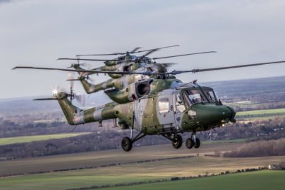 The British Army bid farewell to the last of its Westland Lynx aircraft with a special formation flight around the country last week. Here, the aircraft from 657 Squadron transit from Oakington to Duxford. Photo submitted by Instagram user @duane293 using hashtag #verticalmag