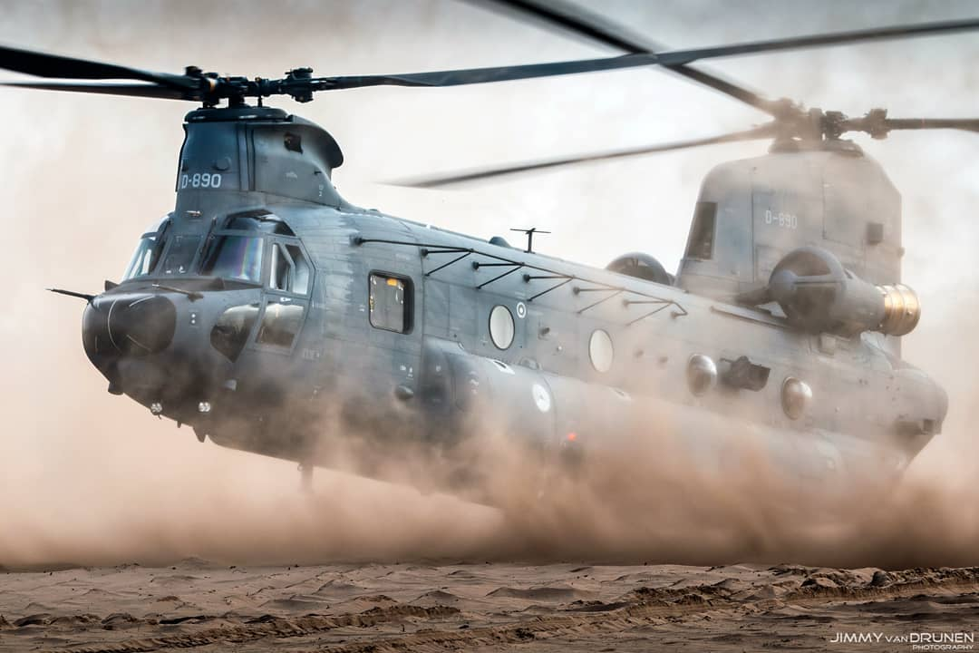 Nothing but dust around this CH-47 Chinook. Photo submitted by Jimmy van Drunen (Instagram user @jimmyvandrunen) using #verticalmag