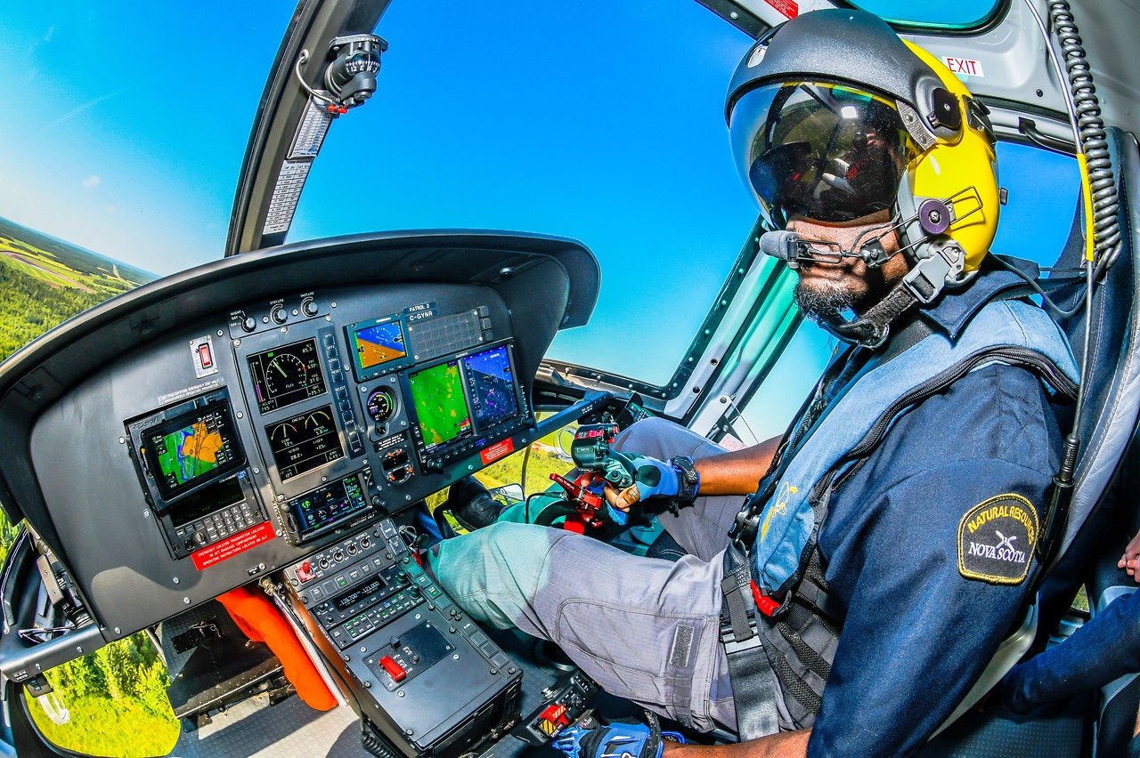 Canadian pilots: Tell us about your job!