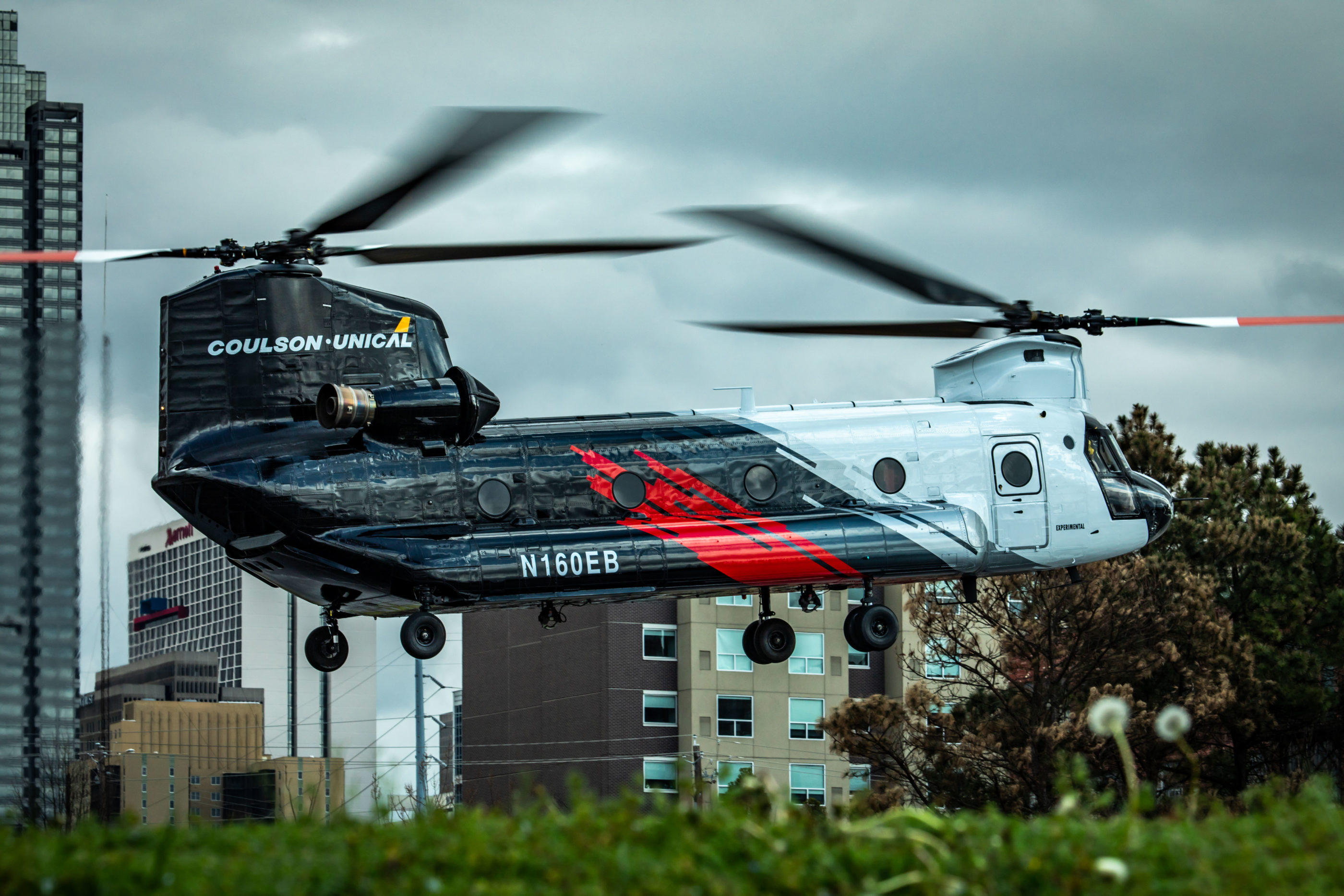 Coulson-Unical's CU-47 flying into HAI Heli-Expo 2019 in Atlanta, Georgia, snapped by Dirk Collins.