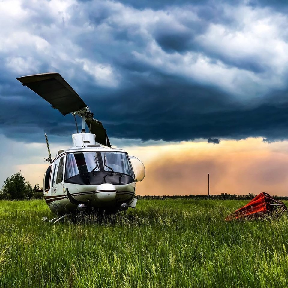 A Bell 214 during wildfires in High Level, Alberta. Photo submitted by Yvon Benjamin (Instagram user @yvonbenjamin) using #verticalmag