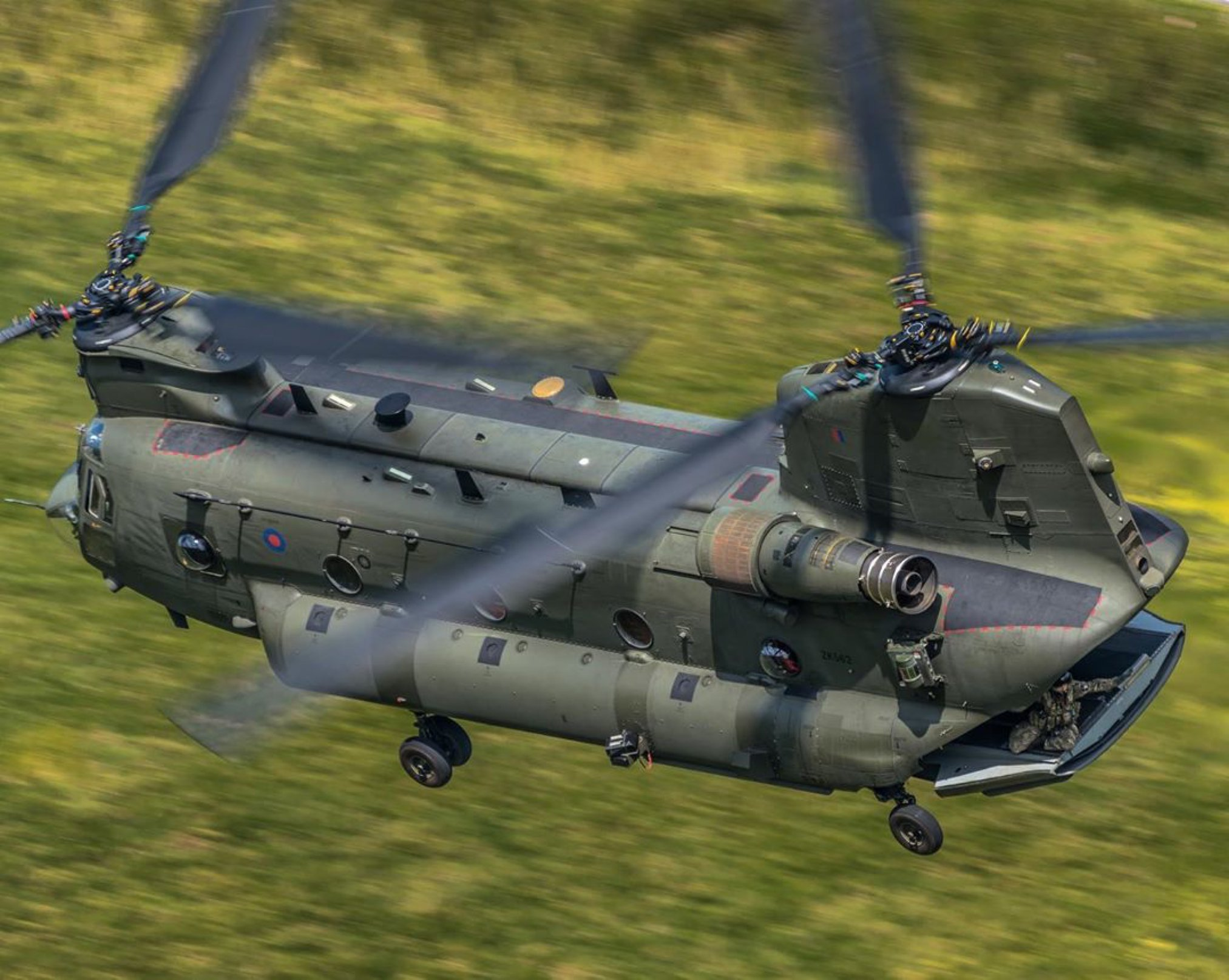 A mighty Chinook in the Mach Loop. Photo submitted by Instagram user @sound_of_kerosene using #verticalmag