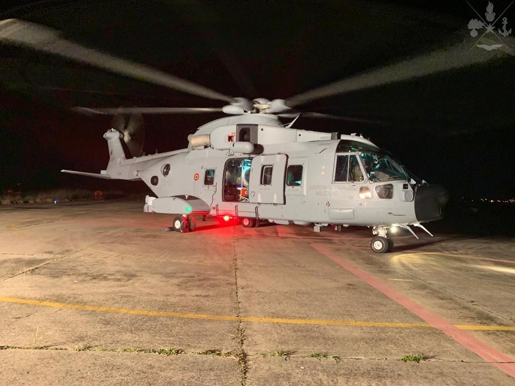Italy Using Hh 101a Helicopters To Transport Coronavirus Patients