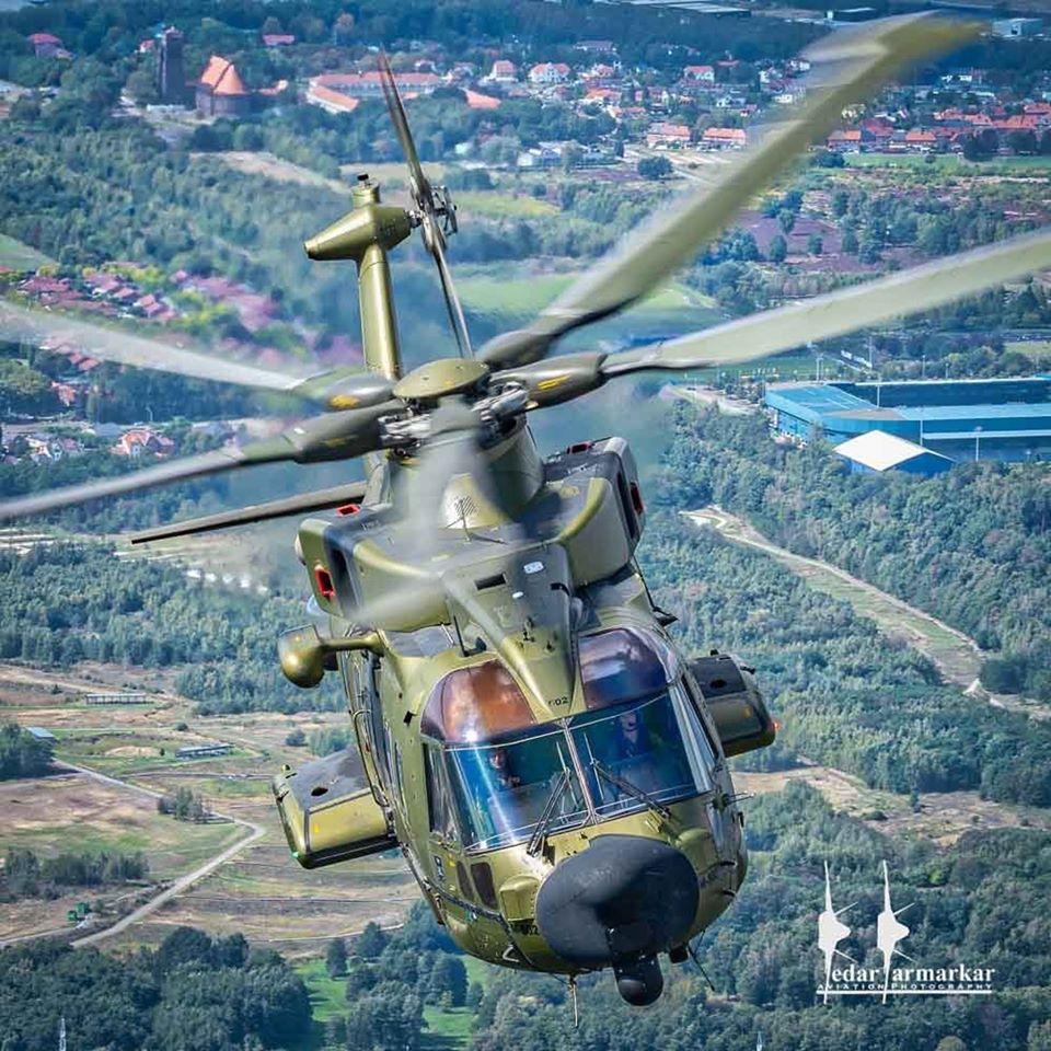 Royal Danish Air Force Merlin in an air-to-air hop. Photo submitted by Kedar Karmarkar (Instagram user @kedarsclix) using #verticalmag