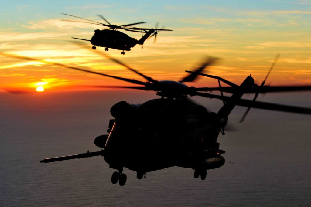 """An extended visit with Marine Heavy Helicopter Squadron (HMH) 462 highlights the lifting capacity of the """"Screw Crew"""" CH-53E Super Stallions."""